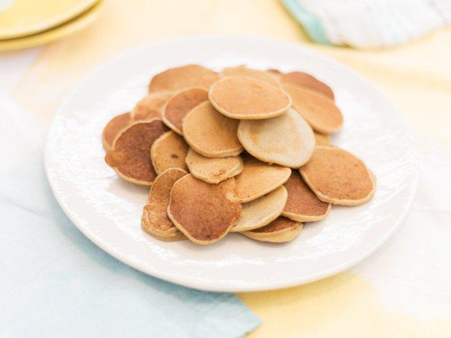 baby-cereal-pancakes-horizontal